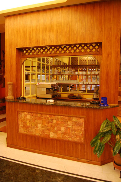 The Bar, where you can taste an Italian Espresso or American coffee Chalet des roses, hotel, Antananarivo, Madagascar, tana, analakely, pizzeria, pizza, italia, cafe, caffe, bar, cucina italiana restaurant, hotel, italien ristorante, albergo, italiano,